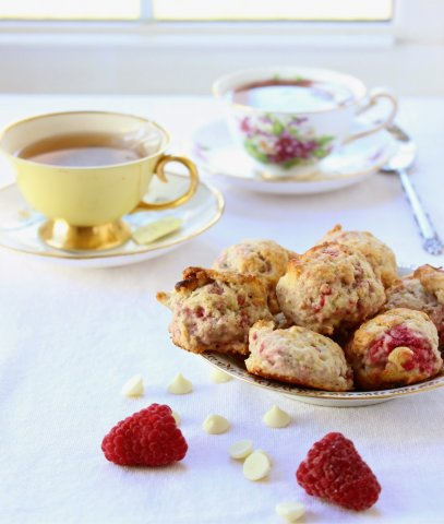 mini raspberry white chocolate scones12