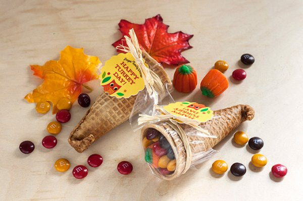Cornucopia candy favors
