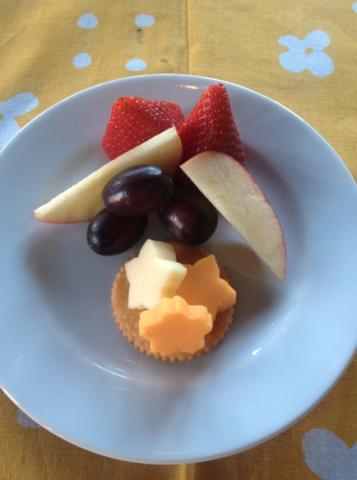 kids-cheese-fruit-pairing