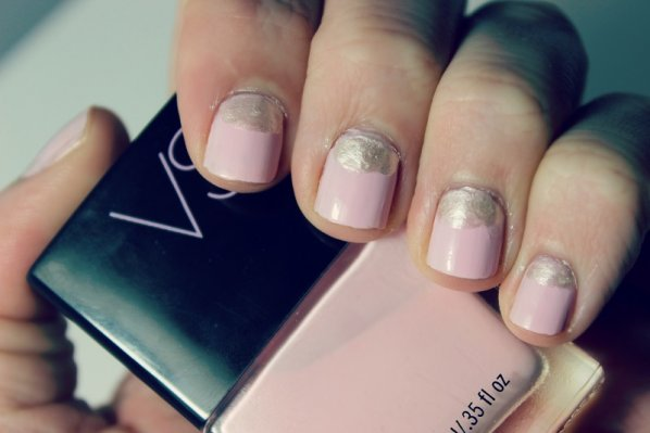 holiday-manicures-party
