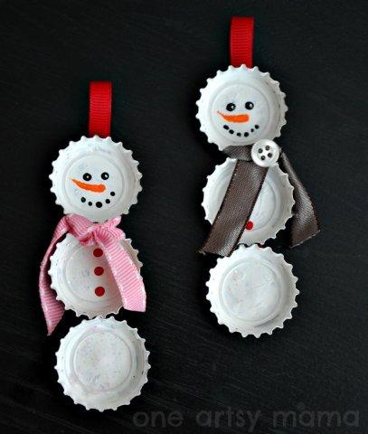 bottle-cap-snowmen-ornaments