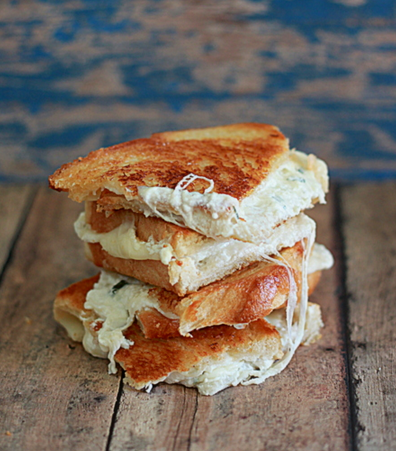 white-pizza-grilled-cheese