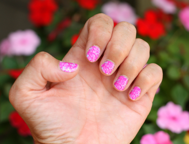 Custom nail wraps by Make Me Nails - Savvy Sassy Moms