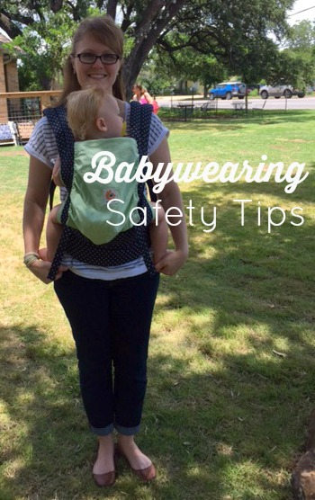 Babywearing Safety Tips // Savvy Sassy Moms