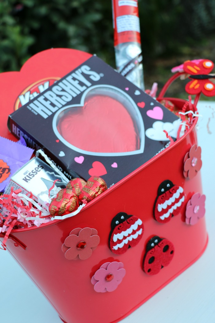 Hersheys Love Bug Basket from Momtrends