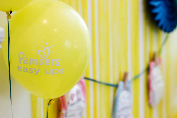Pampers Balloon