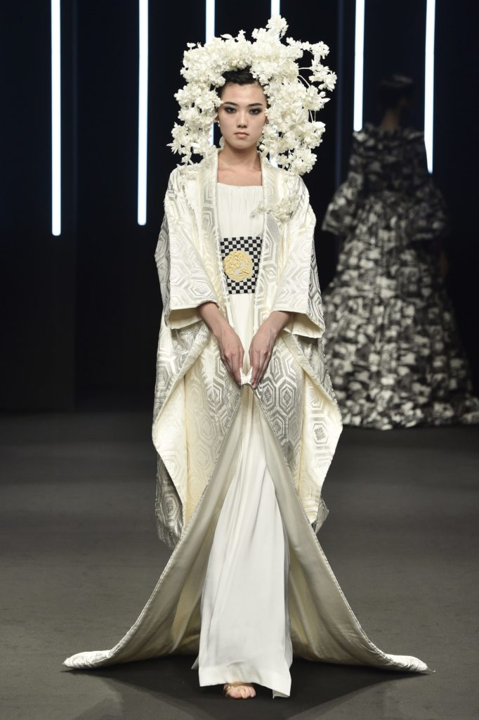 Yumi Katsura's Timeless Couture Collection Inspires
